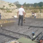 Aug 2014: storten vloer voor de watermolen